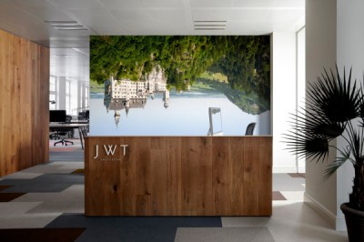 JWT-Amsterdam-Office-3-Reception-600x399